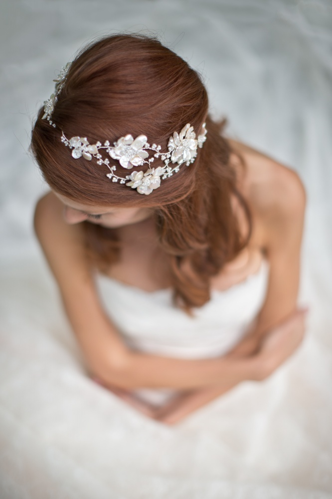 Image of Pearl and crystal floral garland vine headpiece  - click to view